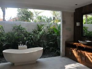ubud virgin villa-private villa 3 bedroom-modern bathtub