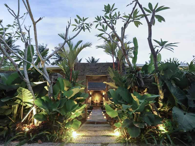 ubud virgin villa-private villa for rent in ubud-garden part